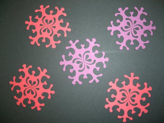 画像:雪の結晶デザインカット