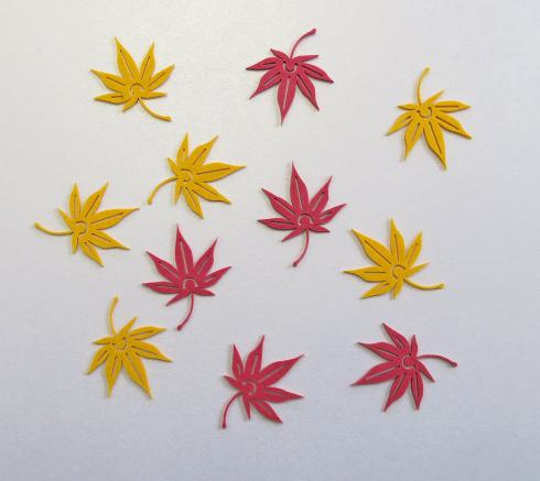 画像:秋の紙クリップ